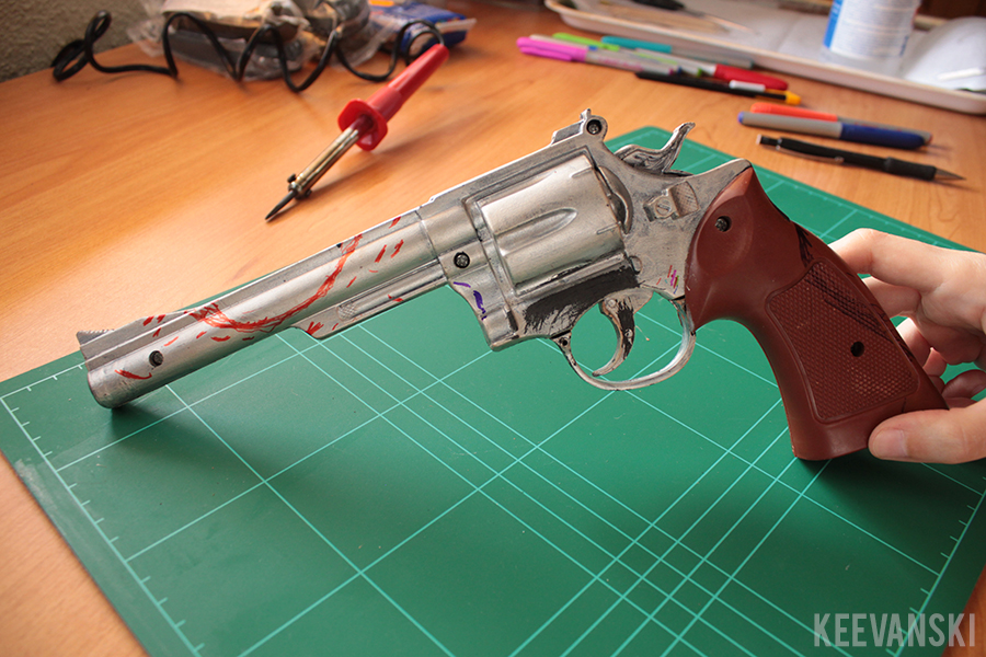 DIY Prop Gun: Grotten // Craft Tutorial