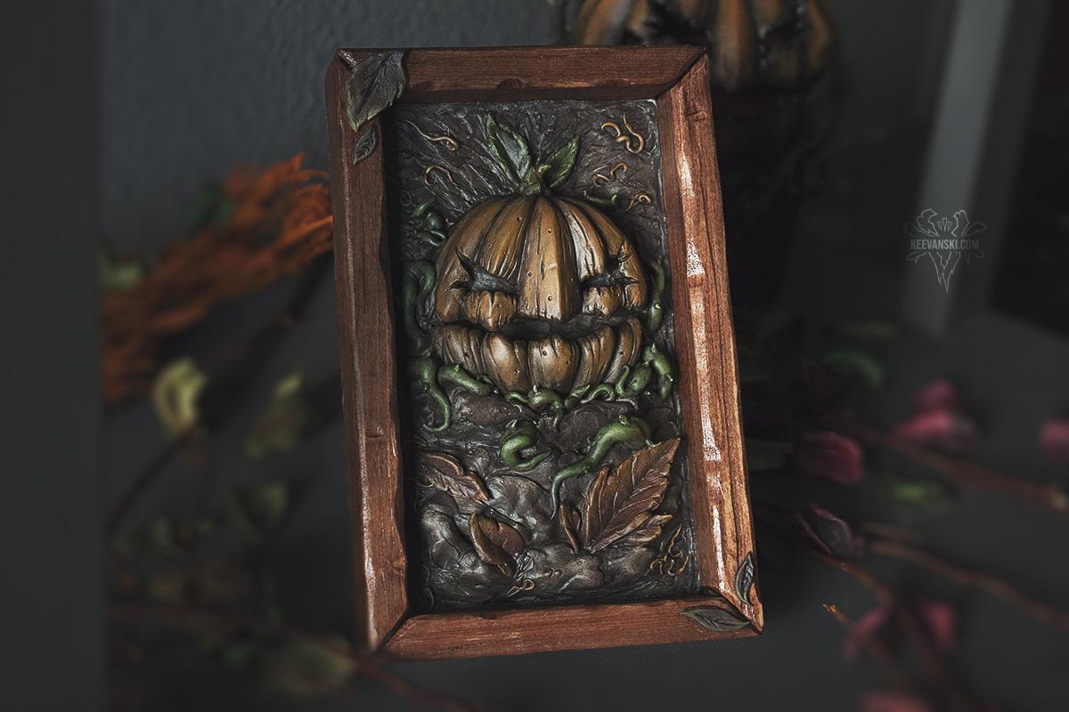 Pumpkin Sculpt Frame | Smirky